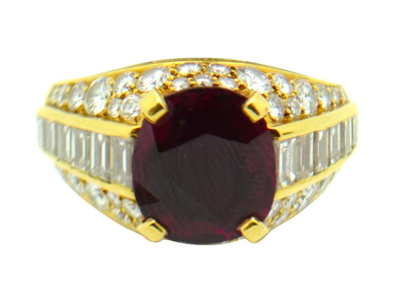 Anello rubino e diamanti Bulgari